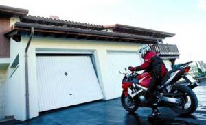 Puertas de garaje moto