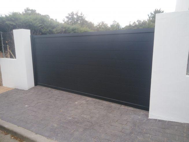 Puerta de Garaje en RAL 7016